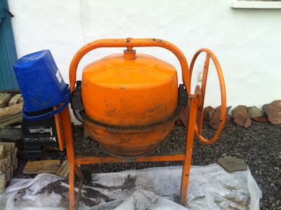 béronnière pour mortier mur parpaings